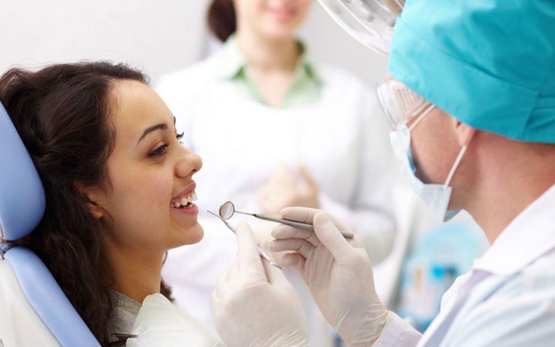 ¿Por qué la Seguridad Social no cubre la odontología?